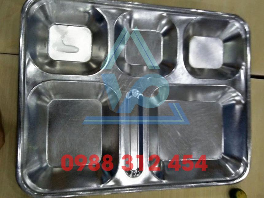 Khay inox đựng thức ăn