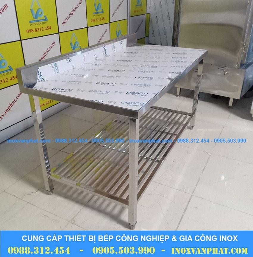 Bàn bếp sản xuất từ inox 304 cao cấp