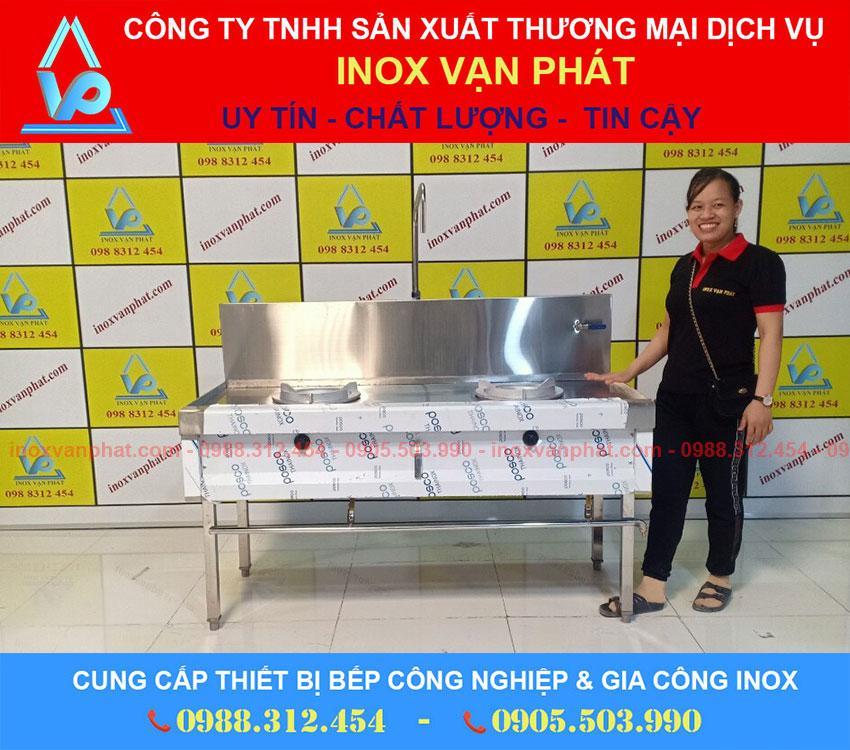 Bếp á nhà hàng cung cấp bởi Inox Vạn Phát