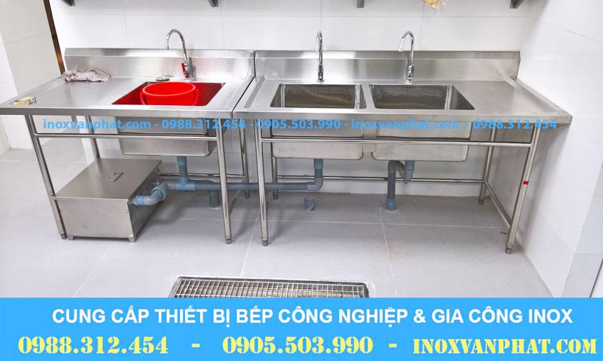 Chậu rửa khu bếp cung cấp bởi Inox Vạn Phát