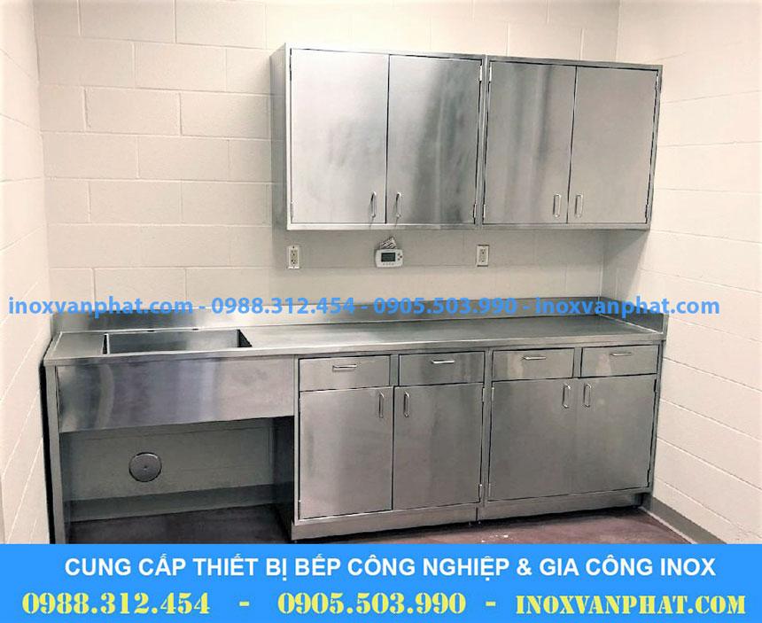 Tủ inox công nghiệp áp dụng tại các gian bếp